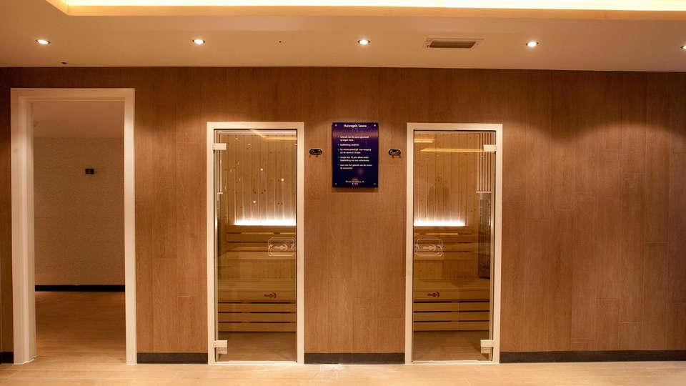 Van der Valk Hotel Schiphol A4 - EDIT_spa2.jpg