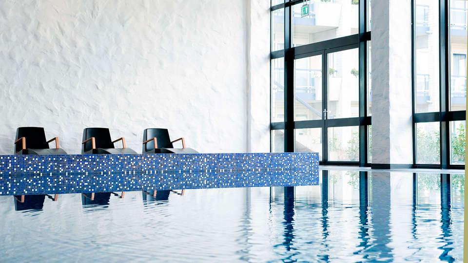 Van der Valk Hotel Schiphol A4 - EDIT_spa1.jpg