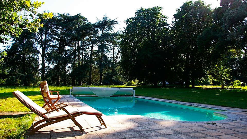 Domaine de Bodeuc - edit_pool.jpg