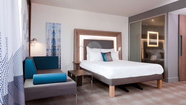 Séjour dans un hôtel quatre étoiles au design moderne aux portes de Paris