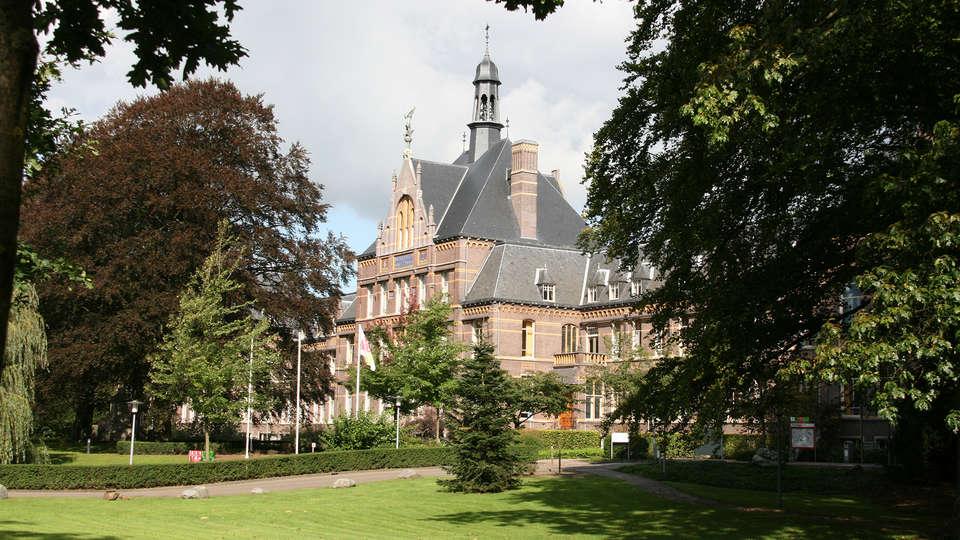 De Ruwenberg Hotel - Meetings - Events - EDIT_Sint_Michielsgestel_-_Theerestraat_42_-_Doveninstituut.jpg
