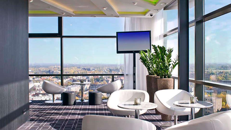 Radisson Blu Hotel Hasselt  - EDIT_terrace2.jpg
