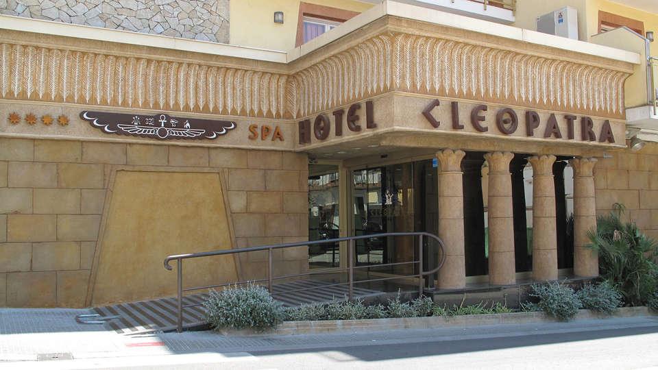 Hotel Cleopatra & Spa - edit-Entrada.jpg