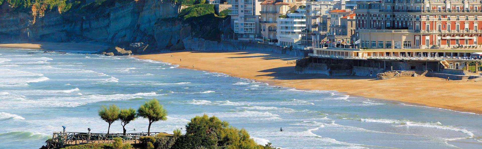 week end a la mer biarritz partir de 107. Black Bedroom Furniture Sets. Home Design Ideas