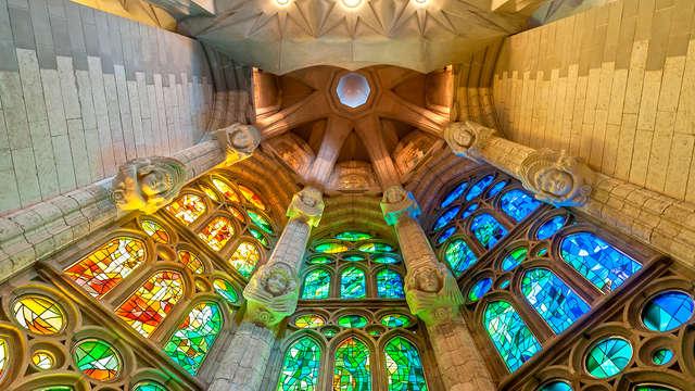 Especial Ruta Gaudí: Descubre las maravillas del Modernismo en Barcelona (desde 3 noches)