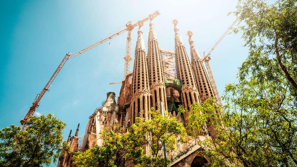 Sixtytwo Barcelona - EDIT_sagrada_familia3.jpg
