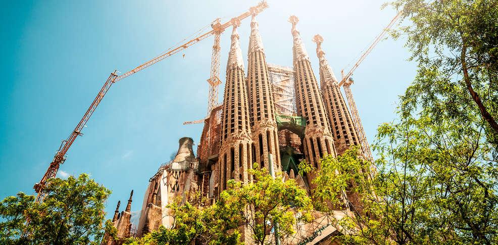 Week end activit s d 39 t barcelone avec 1 billet coupe file pour la sagrada familia pour 2 - Billet coupe file sagrada familia ...