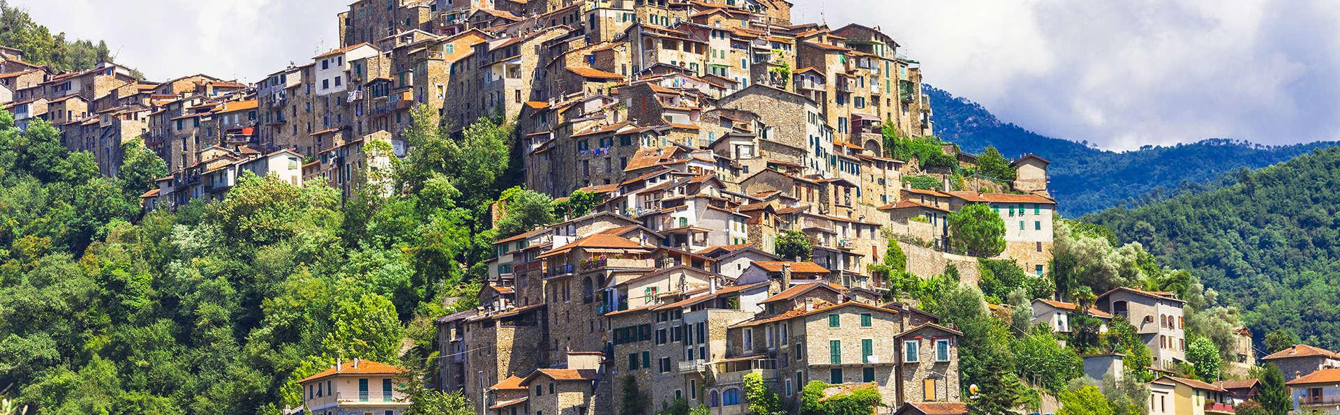 MuntaeCara Albergo Diffuso - EDIT-Fotolia_92763068_Apricale.jpg
