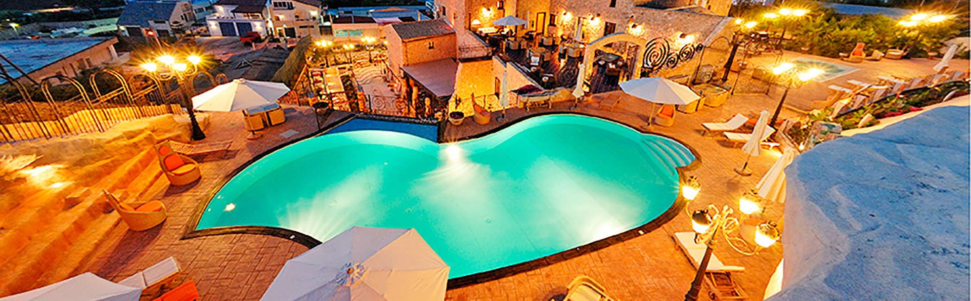 Grand Hotel La Batia - edit_panoramicaesterna_big.jpg