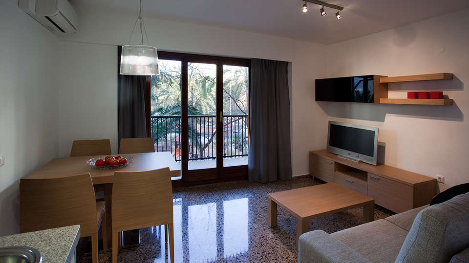 Pio XII Apartments - EDIT_Aapartamento_FAMILIAR_Sala---Comedor.jpg