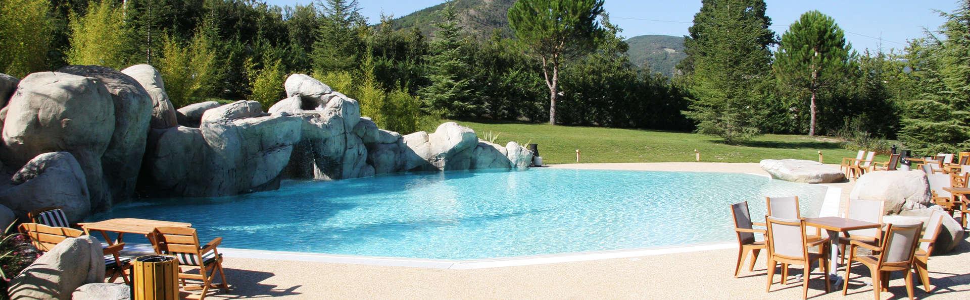 Benessere con accesso spa vicino alle Grotte di Frasassi