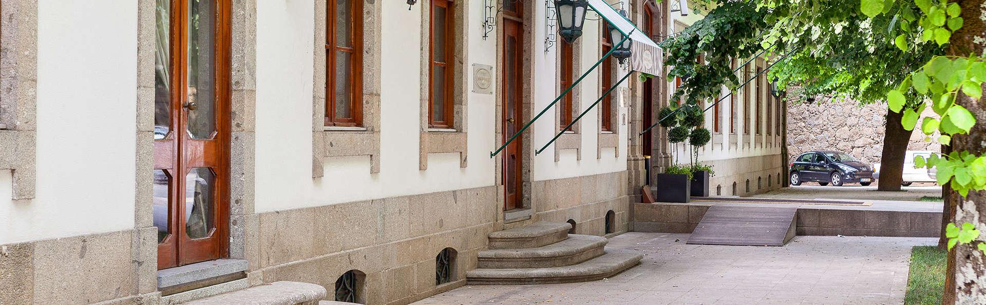 Hotel do Elevador - edit_front.jpg