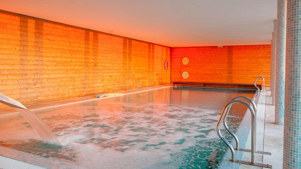 Hotel do Templo - EDIT_pool3.jpg