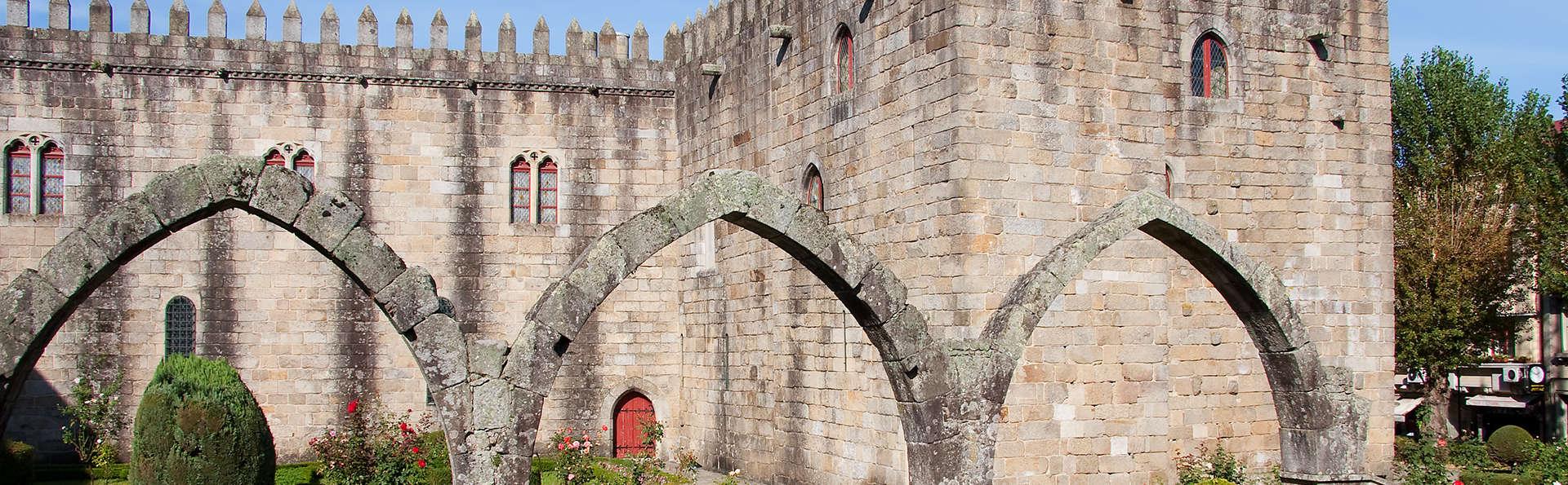 Braga avec accès au spa et bouteille de vin (à partir de 2 nuits)