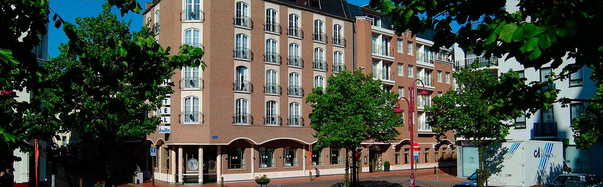 Hotel Aazaert - EDIT_front.jpg