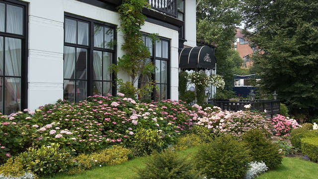 Verblijf in een charmant hotel aan de kust met veel luxe