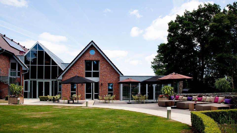 Wellness Hotel & Golf Resort ZuidDrenthe - edit_Achterzijde-terras-juli-2015-7.jpg