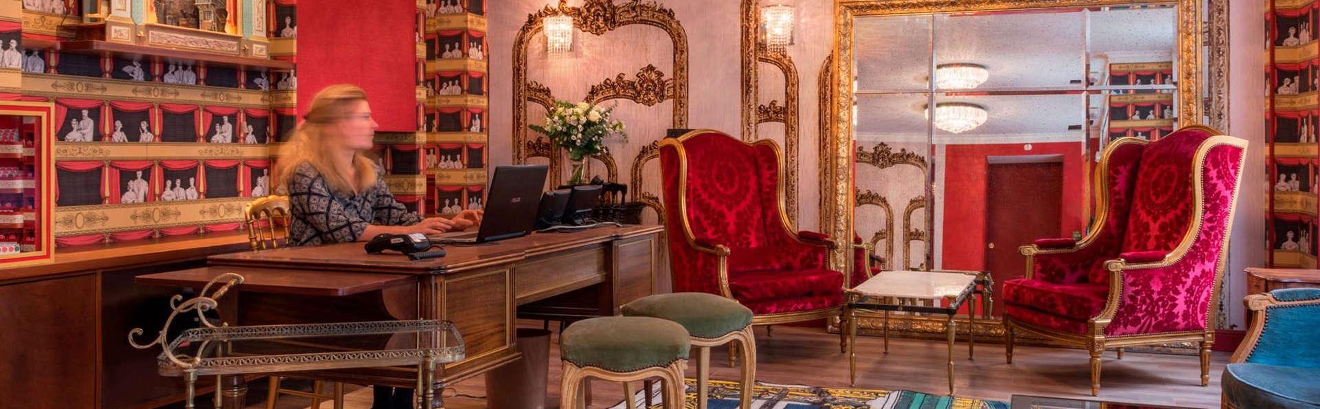 Hotel Sacha - EDIT_LOBBY.jpg