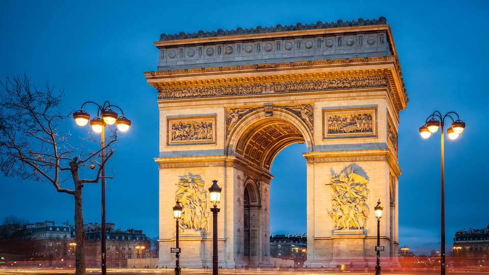 Hotel Sacha - EDIT_Fotolia_61804341_arc-de-triomph-Paris.png