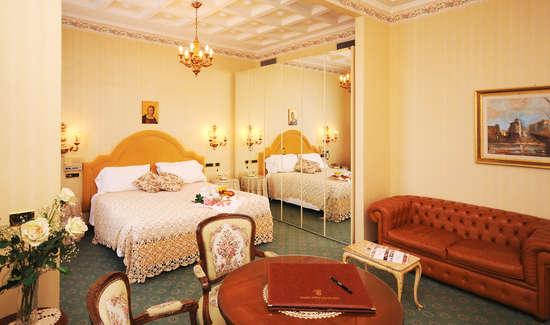 Luxe en prestige weekend chianciano terme met 1 fles wijn voor 2 volwassenen vanaf 82 - Upgrade naar een kamer ...