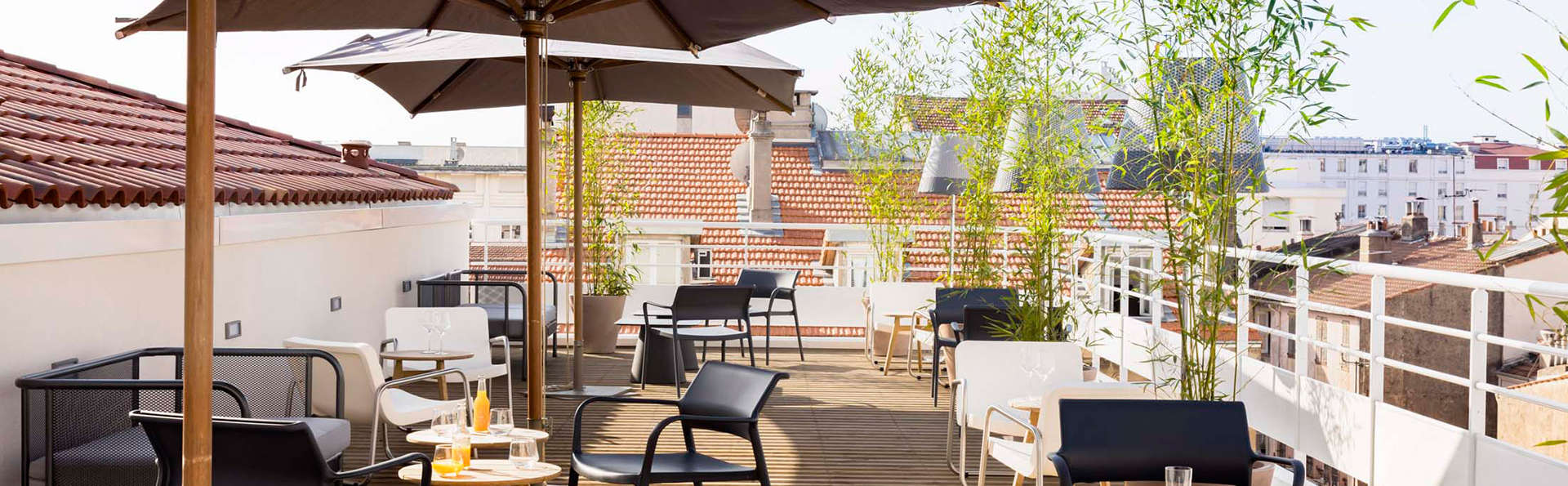 Okko Hotels Cannes - edit_terrace.jpg