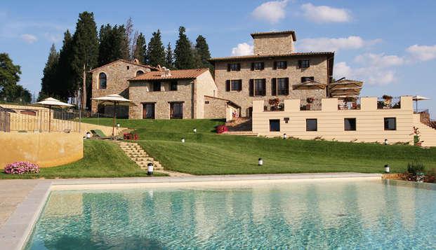 Due notti con cena e degustazione tra le colline del Chianti in Villa