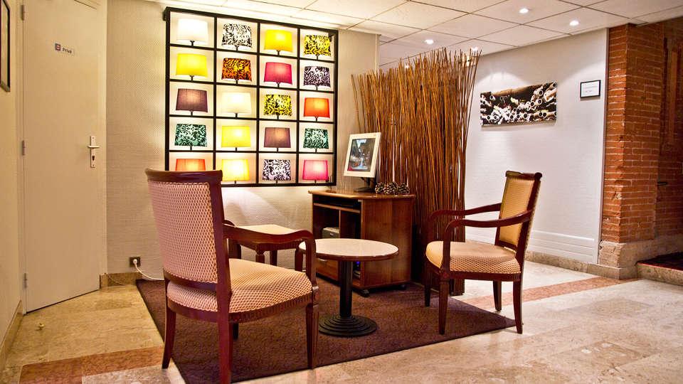 Best Western Toulouse Centre Les Capitouls - edit_lobby.jpg