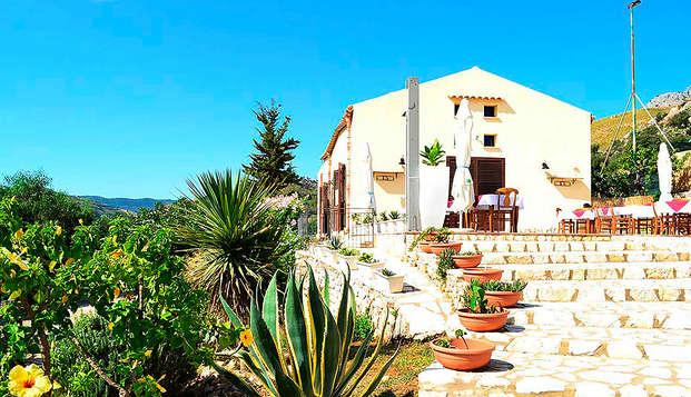 Weekend di relax sulla costa di Castellammare del Golfo nell'incantevole Sicilia (da 2 notti)
