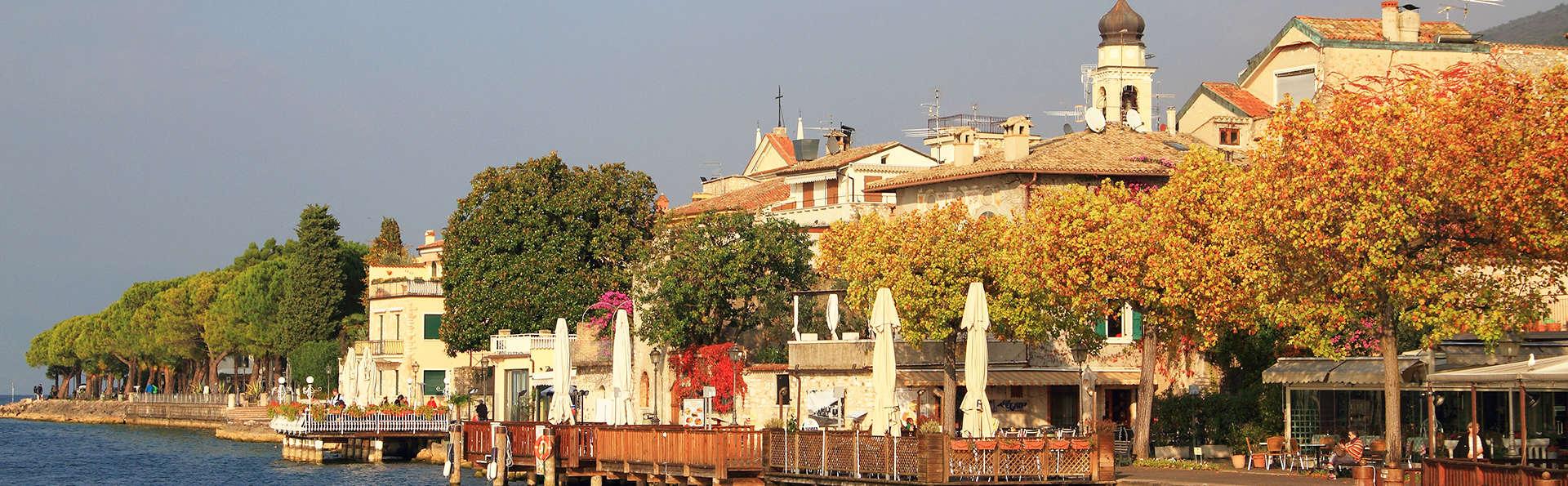Albergo Belvedere - edit_Torri_del_Benaco_Strandpromenade.jpg