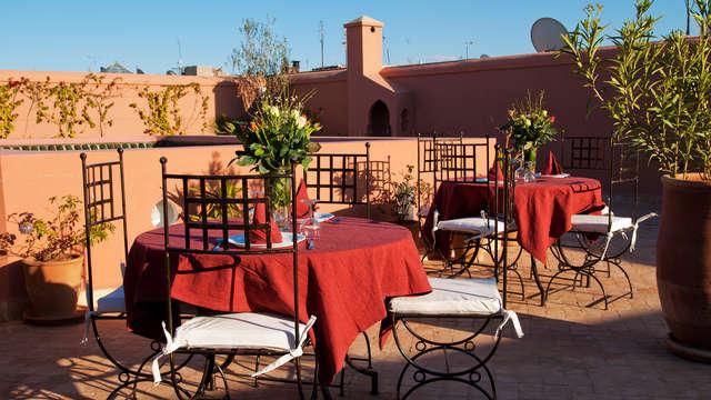 Verblijf in Marrakech met een traditioneel Marokkaans diner (vanaf 3 nachten)