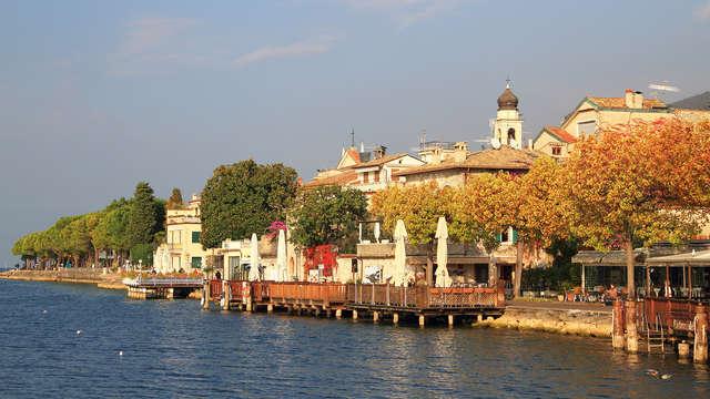 Noche de ensueño frente al bello Lago de Garda