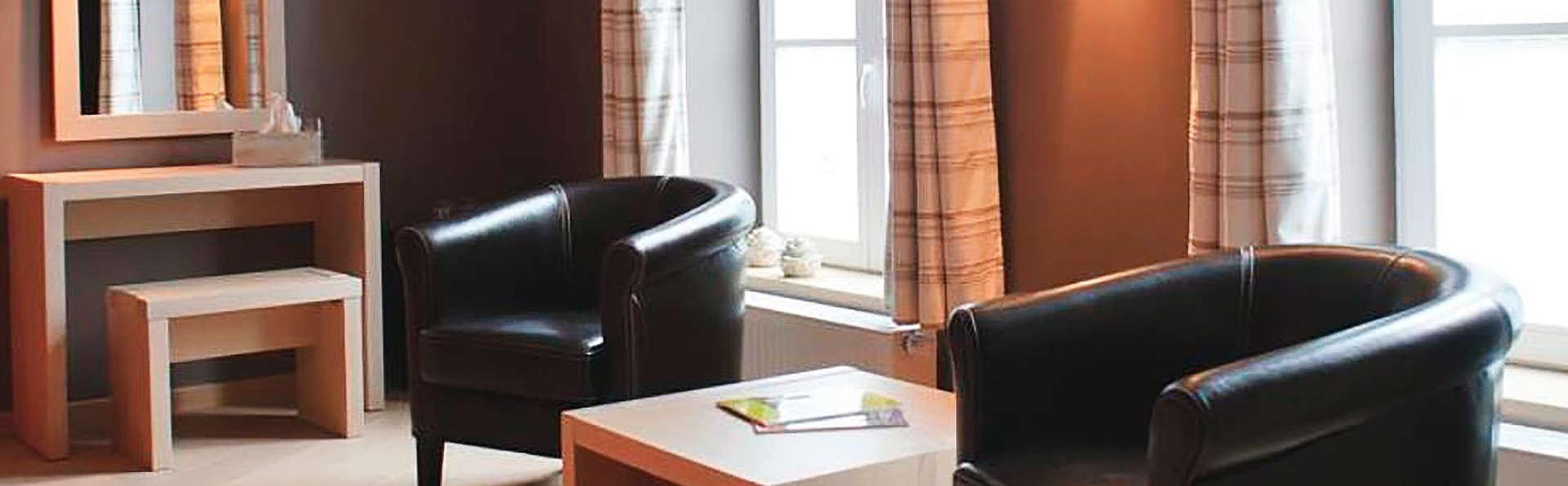 Hotel Restaurant Carpe Diem - edit_room_sitting.jpg