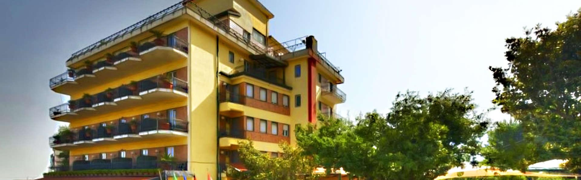 Hotel Parco - edit_front.jpg