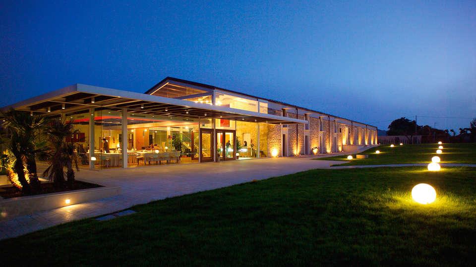 Hotel Villa Carlotta - EDIT_front344.jpg
