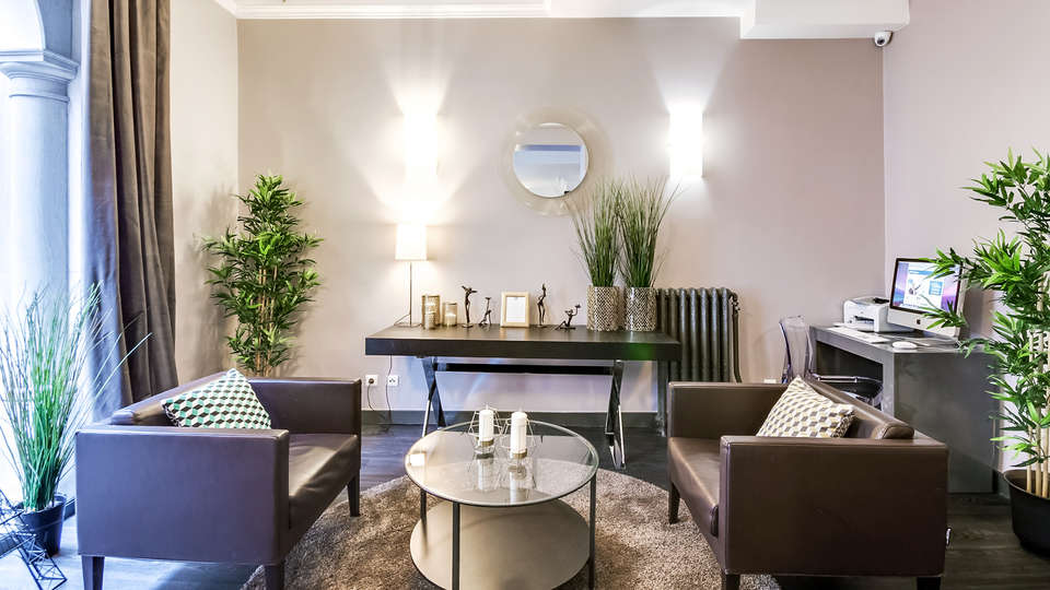 Best Western Paris Gare Saint Lazare - edit_lobby.jpg