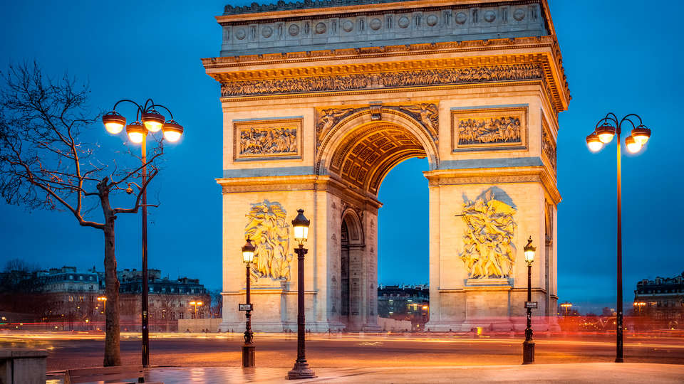 Best Western Paris Gare Saint Lazare - edit_paris1.jpg