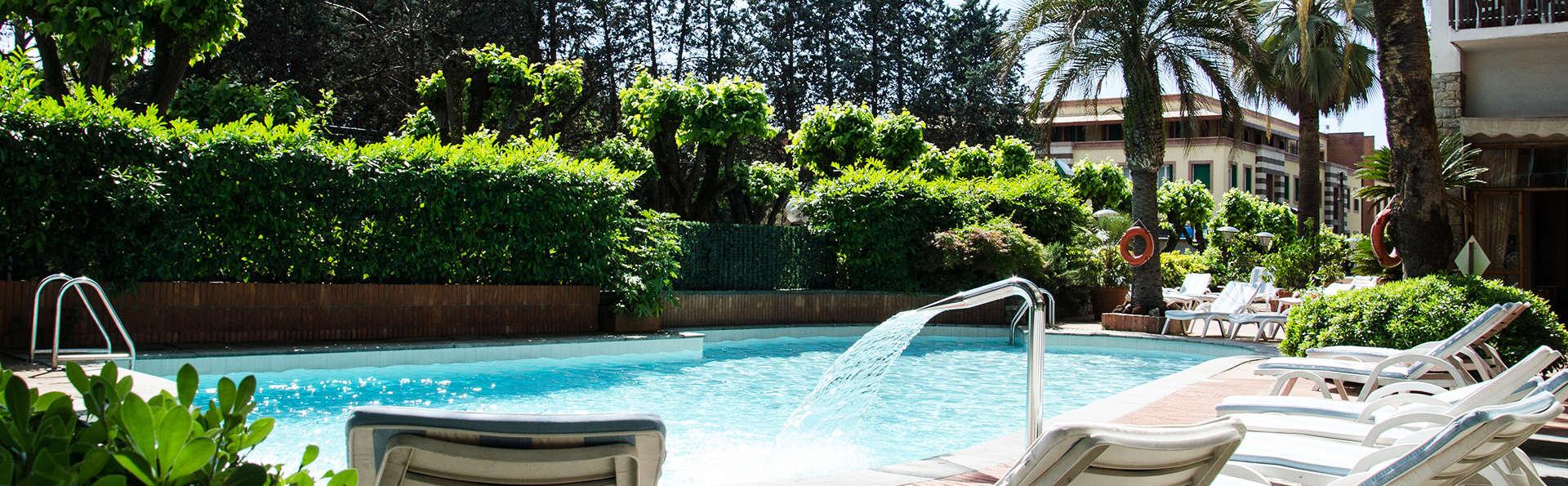 Grand Hotel Tamerici&Principe - edit_pool1.jpg