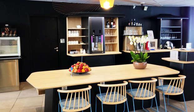 Novotel Suites Paris Montreuil Vincennes - bar