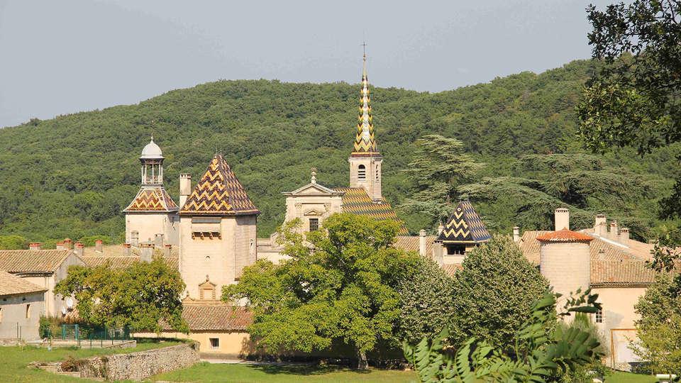 Castel Provence - EDIT_Chartreuse_de_Valbonne.jpg