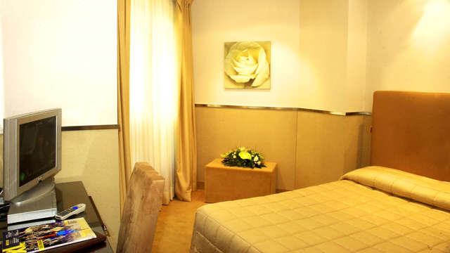 Mini Palace Hotel