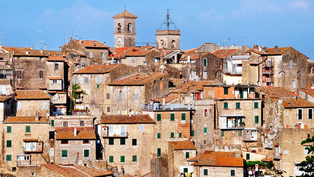 Offertissima per Viterbo! Notte, bottiglia in camera e late check-out ad una super tariffa!