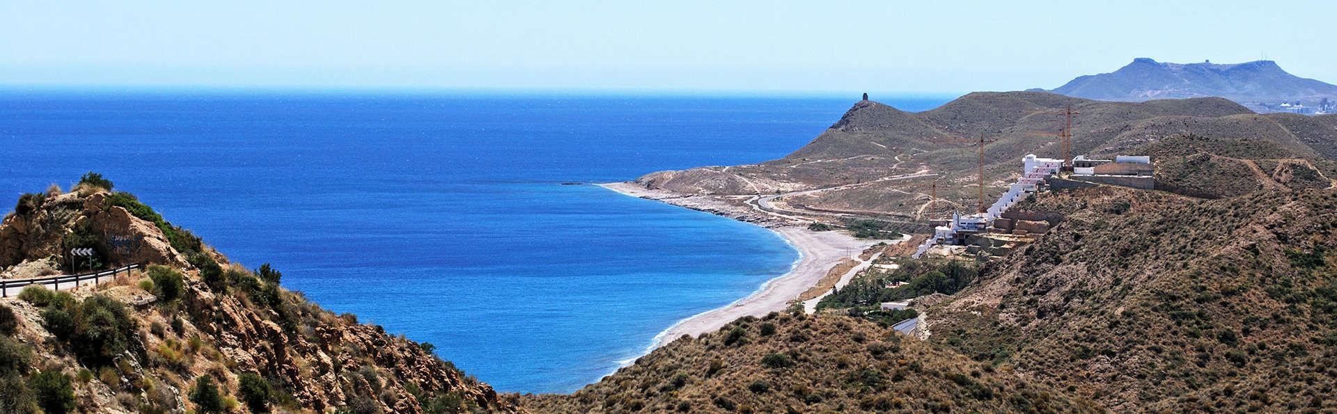 Profitez du Cabo de Gata avec votre moitié à Carboneras