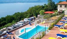 accesso alla piscina esterna per 2 adulti