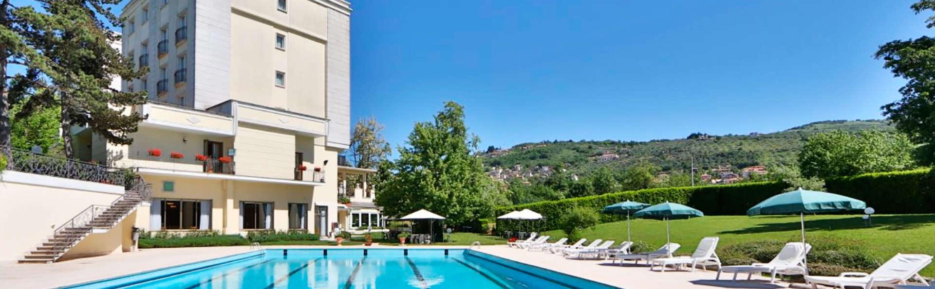 Hotel Fiuggi Terme Resort & SPA - edit_poolfront.jpg