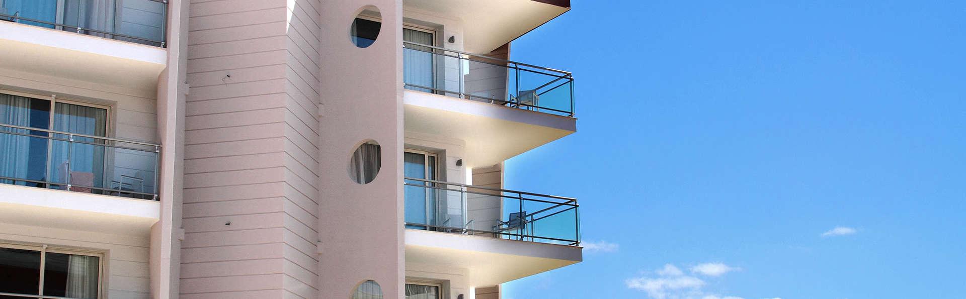 Hotel Alma di Alghero - edit_front.jpg