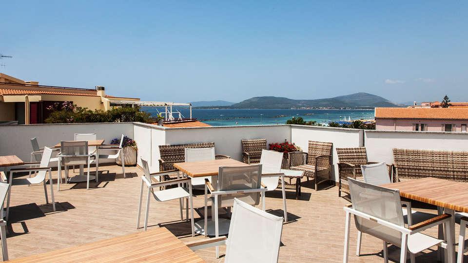 Hotel Alma di Alghero - edit_terrace.jpg
