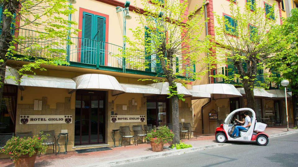 Hotel Giglio - edit_front.jpg