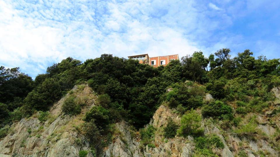 Hotel Punta San Martino - edit_frot.jpg