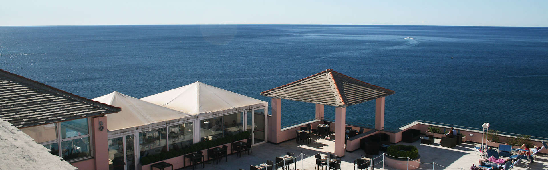 Hotel Punta San Martino - edit_poolaerea.jpg