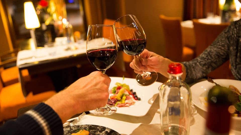 Hotel Talens - EDIT_dinner5.jpg